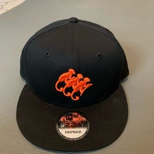 9FIFTY monkey shoulder SnapBack. Brand new